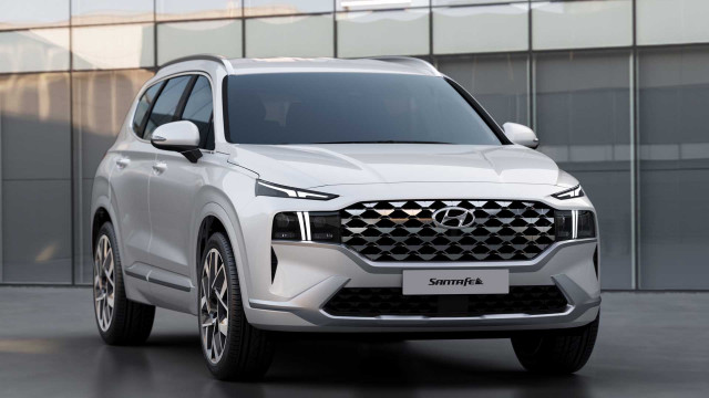 2021 Hyundai Santa Fe crossover SUV revealed: Five-seater faces up against competitors