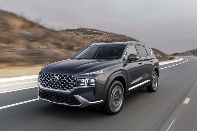 2021 Hyundai Santa Fe SUV starts at $28,025 but tops out above $43,000
