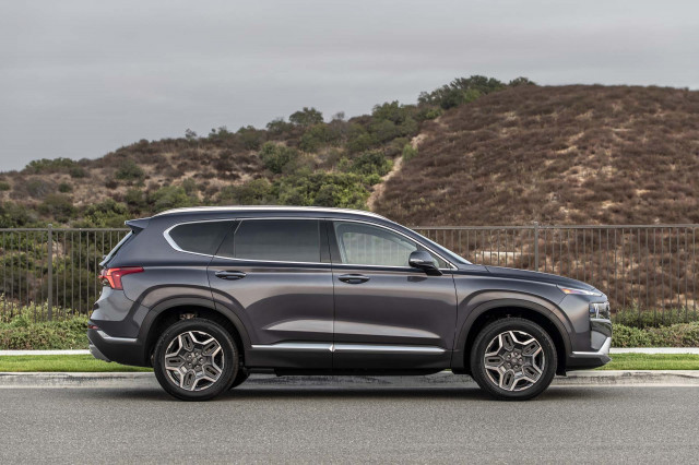 2021 Hyundai Santa Fe and Subaru Crosstrek Hybrid priced, Pontiac Fiero sold for $90,000: What's New @ The Car Connection