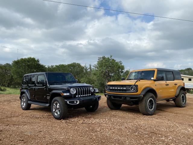 2021 Ford Bronco vs. 2021 Jeep Wrangler: Compare SUVs