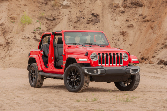 Review update: 2021 Jeep Wrangler Unlimited Sahara 4xe moves an icon into the future