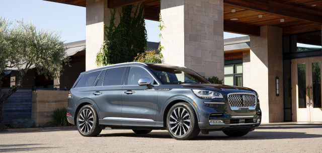 2021 Lincoln Aviator PHEV review, 2021 Genesis GV80 revisited, Tesla to lose millions: What's New @ The Car Connection