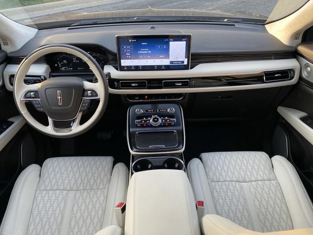 2021 Lincoln Nautilus Black Label