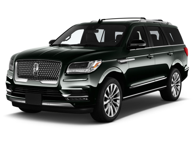2021 Lincoln Navigator Reserve 4x2 Angular Front Exterior View