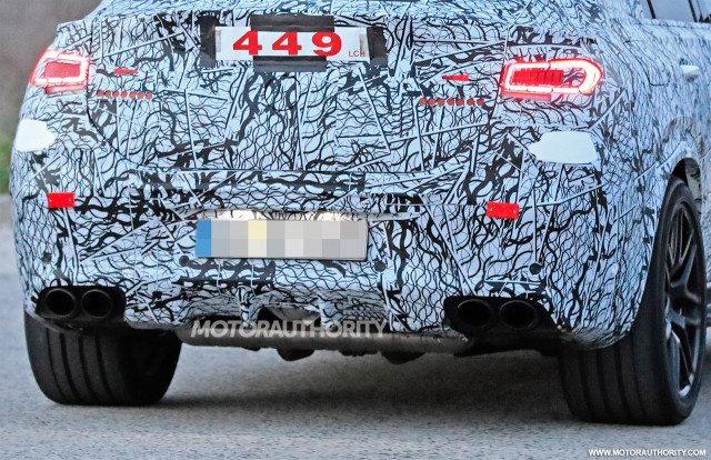 2021 Mercedes-AMG GLE53 Coupe spy shots - Image via S. Baldauf/SB-Medien