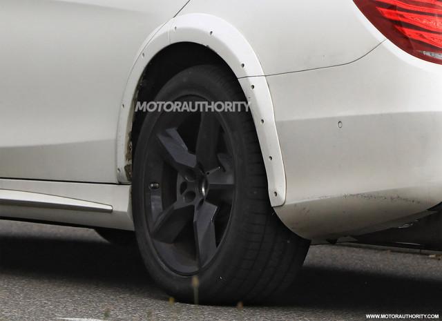 2021 Mercedes-Benz S-Class test mule spy shots - Image via S. Baldauf/SB-Medien