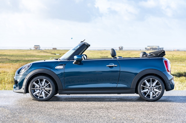 2021 Mini Cooper S Convertible Sidewalk Edition
