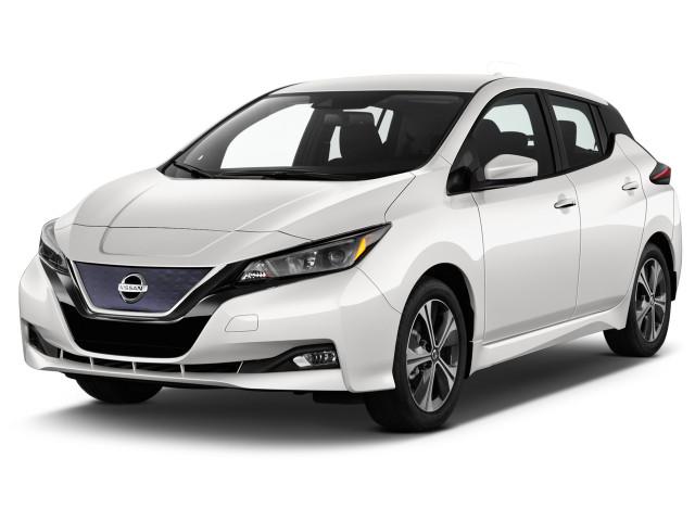 2021 Nissan Leaf SV Hatchback Angular Front Exterior View