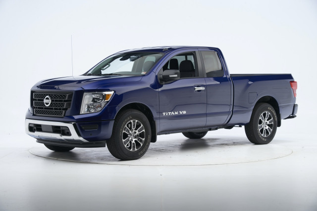 2021 Nissan Titan tested by IIHS