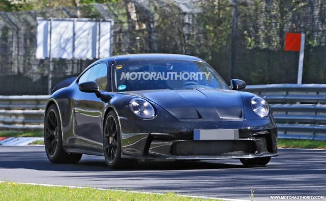 2022 Porsche 911 GT3 Touring spy shots - Photo credit: S. Baldauf/SB-Medien