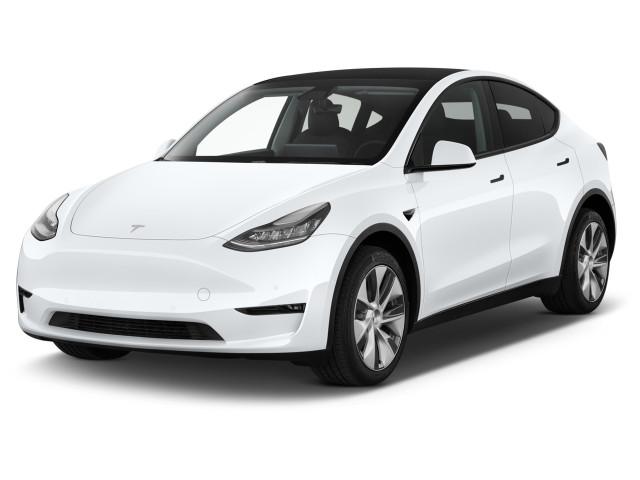 2021 Tesla Model Y Long Range AWD Angular Front Exterior View
