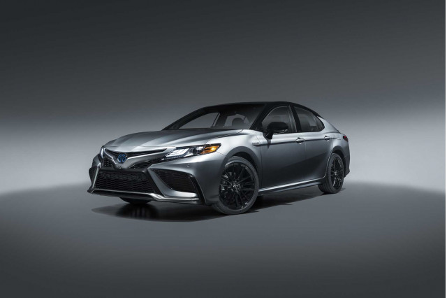 2021 Toyota Camry Hybrid XSE coming; sporty 2021 Corolla Apex ahead, too