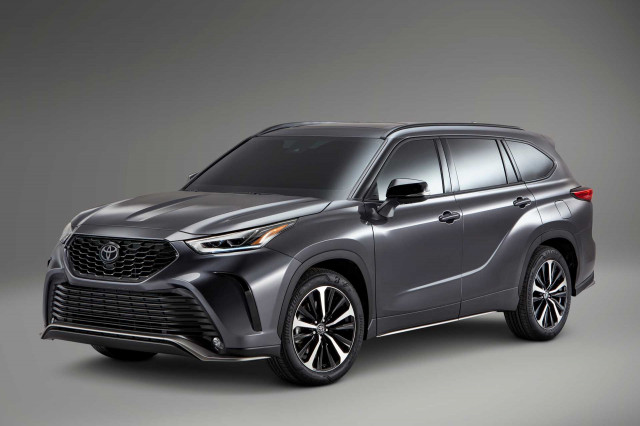 Palisade edges Highlander, 2022 Infiniti QX55 tested, senators seek end to gas cars: What's New @ The Car Connection