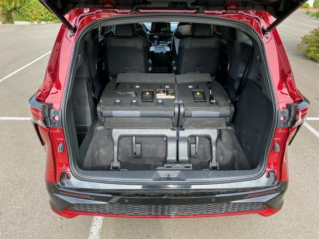 2021 Toyota Sienna - first drive