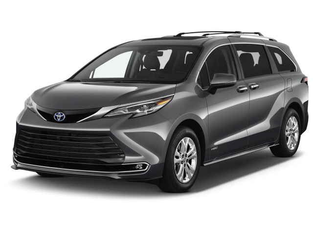2021 Toyota Sienna Platinum AWD 7-Passenger (Natl) Angular Front Exterior View