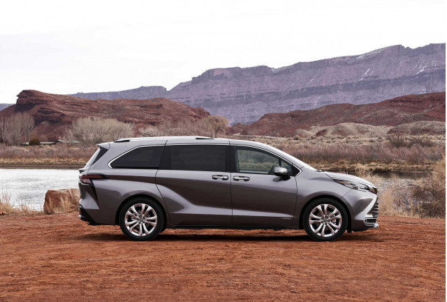 2021 toyota sienna review ratings specs prices and photos the car connection 2021 toyota sienna review ratings