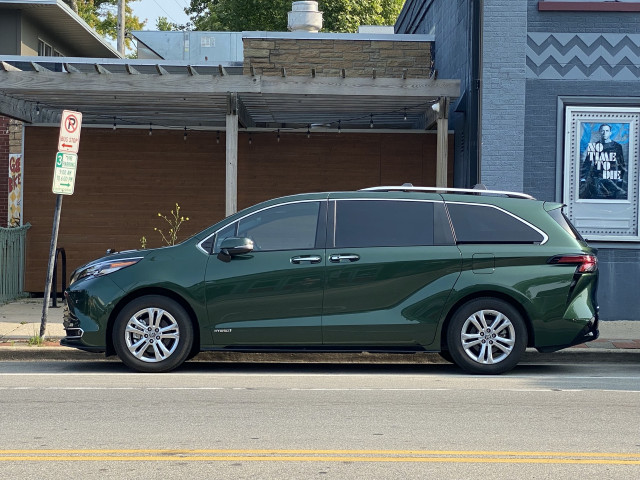 2021 Toyota Sienna road tested, 2022 Porsche Macan previewed, electric GMC pickup cometh: What's New @ The Car Connection