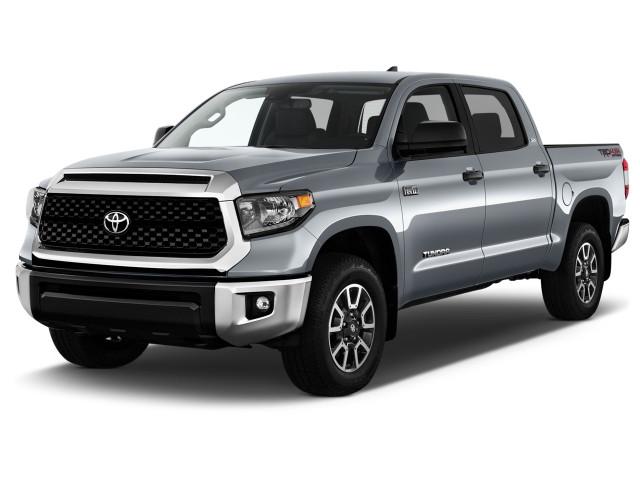 2021 Toyota Tundra SR5 CrewMax 5.5' Bed 5.7L (Natl) Angular Front Exterior View