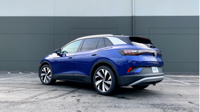 2021 VW ID.4 tested, 2022 Volvo XC60 and Audi Q4 E-Tron previewed: What's New @ The Car Connection