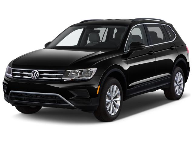 2021 Volkswagen Tiguan 2.0T SE FWD Angular Front Exterior View