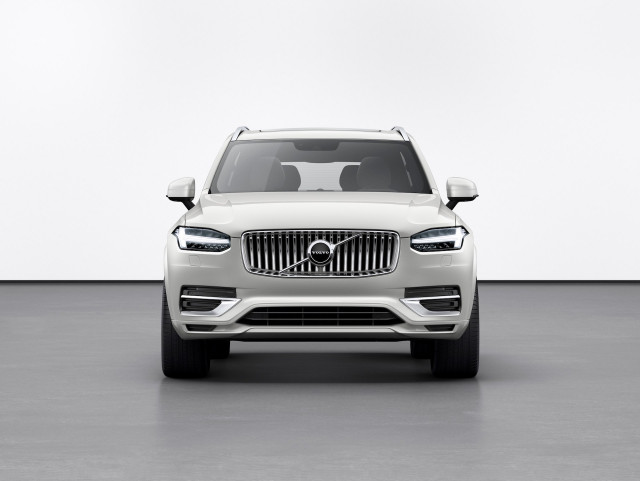 Volvo sweeps safety awards, 2022 Porsche 911 debuts, Genesis X Concept shown: What's New @ The Car Connection
