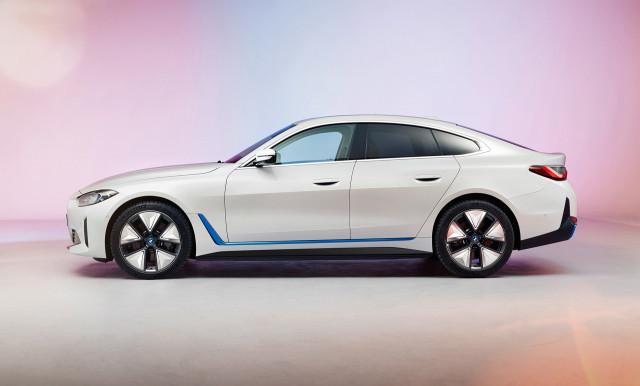 2022 BMW i4