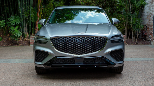 2022 Genesis GV70 priced to win, 911 Turbo S Cab delights, Hyundai Ioniq 5 bares its charms: What's New @ The Car Connection