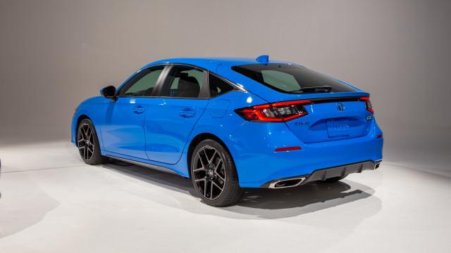 2022 Honda Civic hatchback pulls double duty