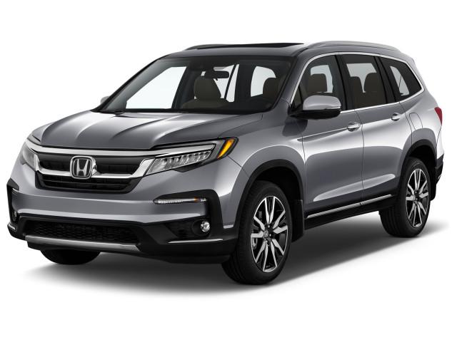 2022 Honda Pilot Touring 7-Passenger 2WD Angular Front Exterior View