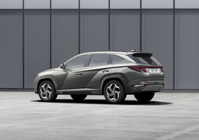 2022 Hyundai Tucson, 2021 Jaguar F-Pace, 2022 GMC Hummer previewed: What's New @ The Car Connection