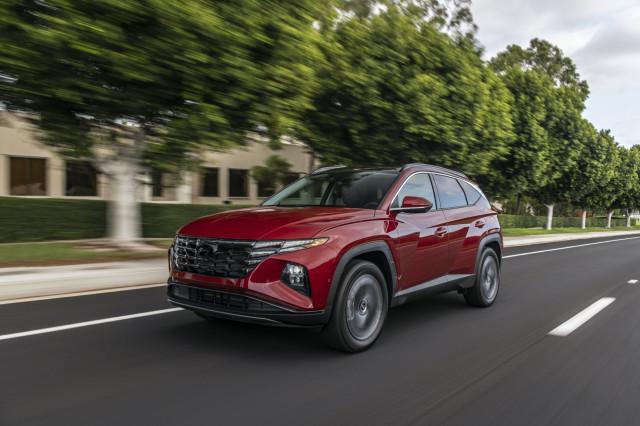 2022 Hyundai Tucson compact SUV starts at $26,135, Hybrid at $30,235