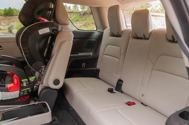 2022 Nissan Pathfinder Platinum 4WD