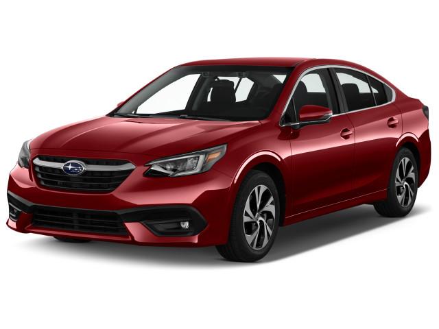2022 Subaru Legacy Premium CVT Angular Front Exterior View
