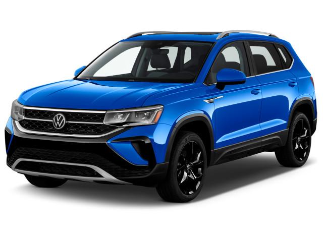 2022 Volkswagen Taos S FWD Angular Front Exterior View
