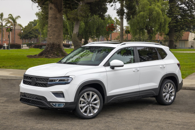 2022 Volkswagen Taos tested, 2021 Ford F-150 reigns, Mustang Mach-E price drops: What's New @ The Car Connection