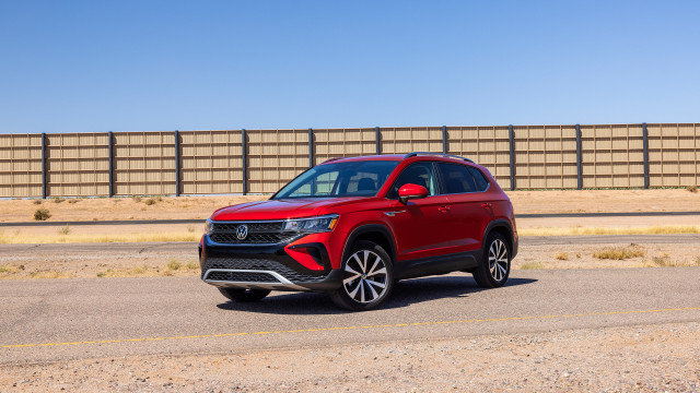 2022 Volkswagen Taos small SUV costs $24,190, skimps on standard features