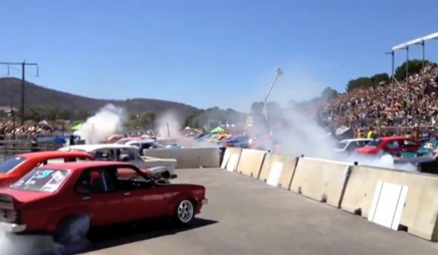 69 cars break world record at Summernats festivals in Canberra, Australia