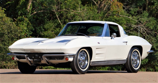 A 1963 Chevrolet Corvette split-window coupe from the Mercurio collection