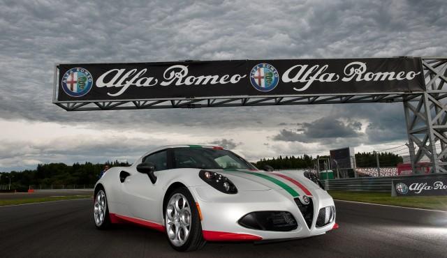 Alfa Romeo 4C 2013 World Superbike Championship safety car