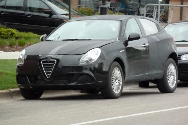 Alfa Romeo Giulietta development prototype, Madison, Wisconsin, April 2012 [photo © by Thomas Bey]