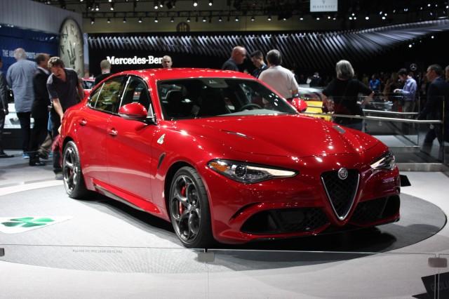 2017 Alfa Romeo Giulia Quadrifoglio, 2015 Los Angeles Auto Show