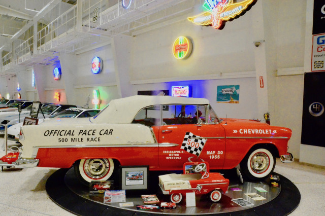 Museo de autos de colleccion muscle cars - Chevrolet 55 Pace Car