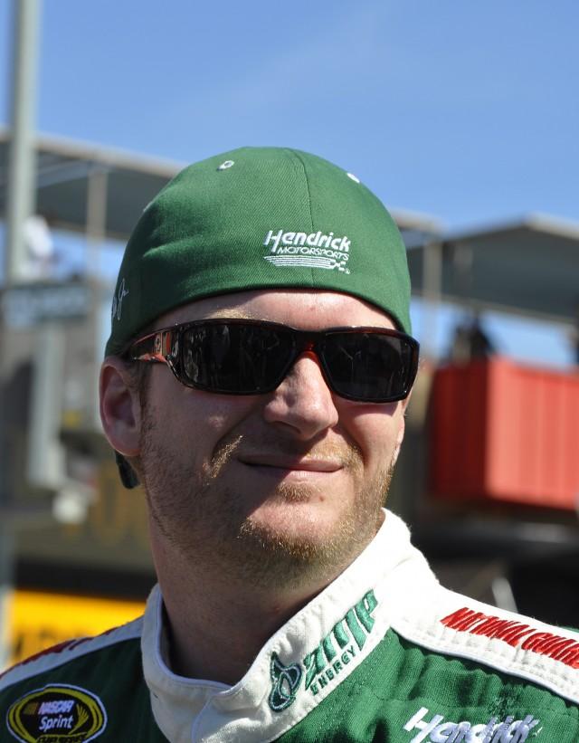 A happier Dale Earnhardt Jr is a better racer