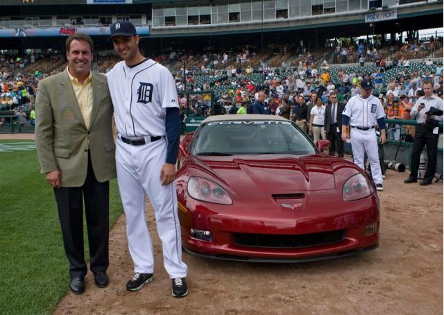 Armando Galarraga presented with 2010 Chevrolet Corvette Grand Sport Convertible