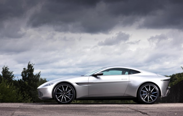 James Bond S Aston Martin Db10 Was Based Off The 2019 Vantage