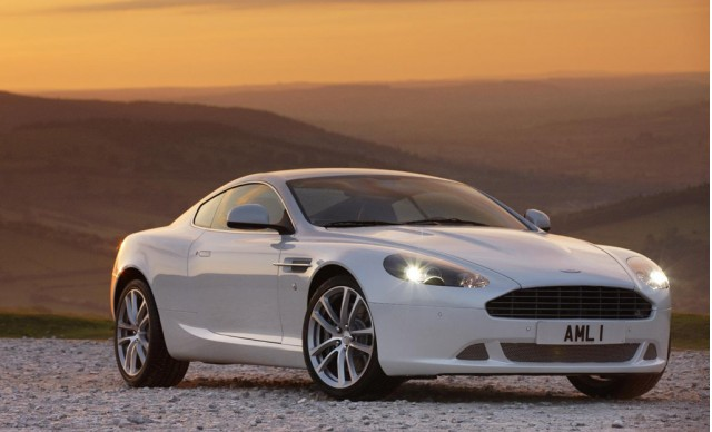 2011 Aston Martin DB9 Nice Look