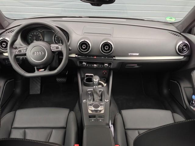 2016 Audi A3 e-tron - First Drive
