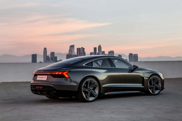 Audi E Tron Gt Electric Sports Car Is Its Take On Porsche Taycan