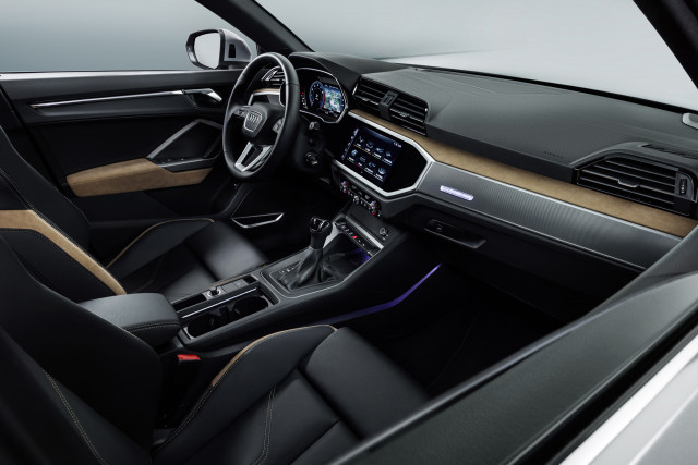 Audi Q Bows With Sporty Look Hightech Cabin - Q3 audi