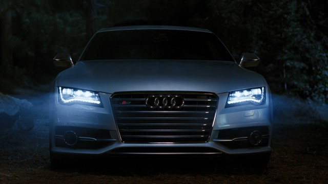 Audi's signature LEDs on the 2013 S7